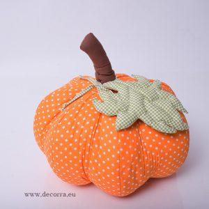 Есенна декорация с оранжева тиква